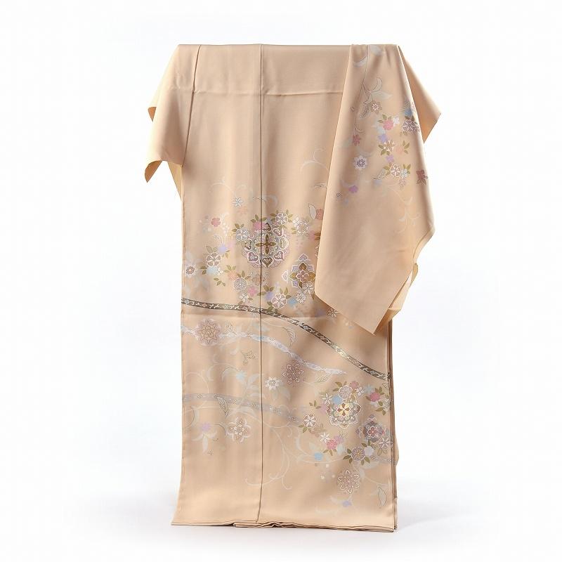 訪問着 手縫いお仕立て付き 手描き 唐草に華文 クリームベージュ色 身長168cm位まで、裄69.5cmまで 送料無料