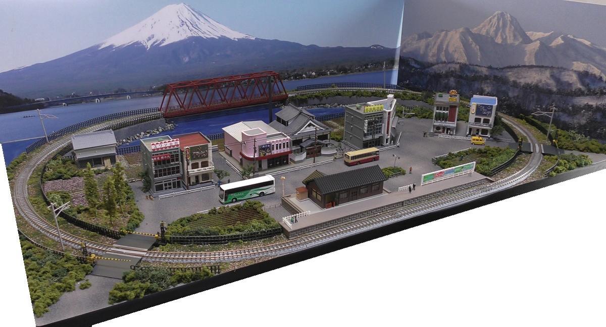 「送料込」鉄道模型ジオラマレイアウトNゲージ用 単線[90cm×60cm]繁華街と鉄橋のある町●注文製作●90x60-2