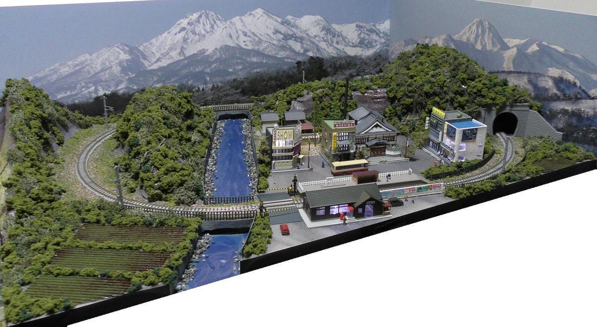 「見つけたらラッキー」「送料込み」鉄道模型ジオラマレイアウトNゲージ用単線[90cm×60cm]山村の風景(照明付き)●注文製作●90x60-2