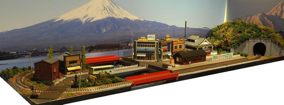 「送料込み」鉄道模型ジオラマレイアウトNゲージ用 単線[90cm×30cm]赤いガーターのある町●注文製作●90x30-3
