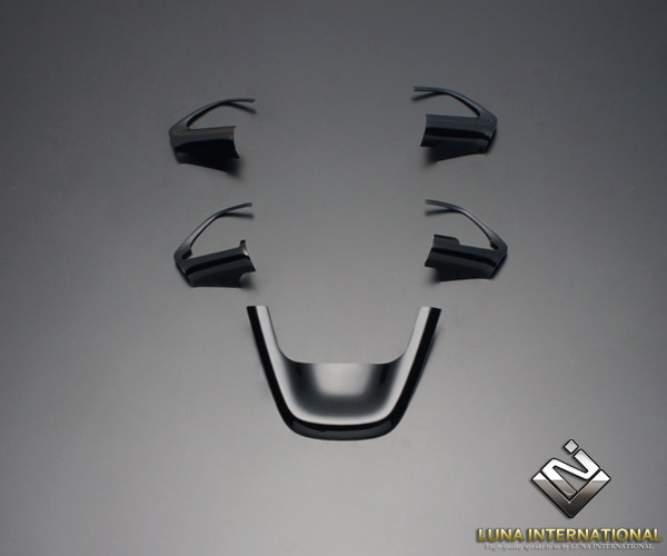 (ルナインターナショナル) プリウス50系(ZVW50系) 5P[5ピース] ピアノブラック インテリアパネル / インテリア パネル ウッド 内装 LUNA INTERNATIONAL