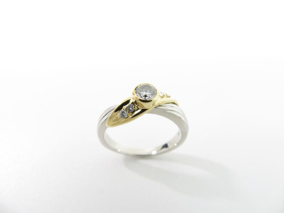 Pt900/K18 ダイヤモンド0.27ct メレダイヤ0.08ct #14 リング【池袋店】【中古】