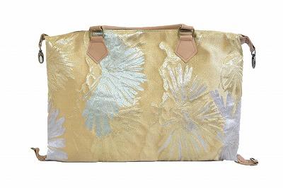 和の雰囲気が素敵♪ バッグ V2 ゴールド ハンドバッグ レディース 婦人 AIKYO 帯バッグ お出かけ ファッション オシャレ シンプル プレゼント 敬老の日 母の日 着物 和風 初詣 夏祭り 成人式 ネット通販 送料無料 オールシーズン