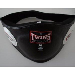 新TWINS ツインズ 本革製キックボクシング ボディープロテクター ボディーミット 黒 Mサイズ