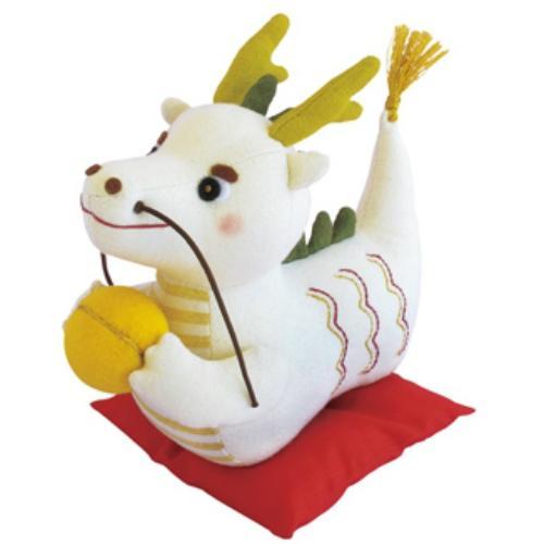 福村弘美のかわいいぬいぐるみシリーズ オリムパス 幸せ掴む 白い龍 PA-564 縁起干支 誕生日 評判 お祝い ぬいぐるみキット 手作りキット 手芸キット 干支キット