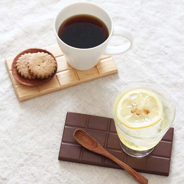 かわいい。まるでチョコのような木製トレー 板チョコ トレー 木製 銘々皿 茶托 菓子皿 和菓子 取分け皿 小皿