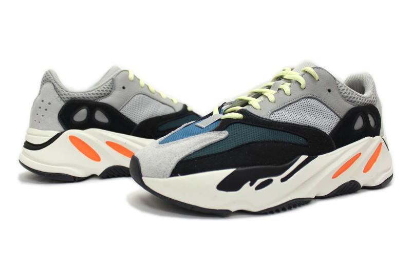 adidas yeezy boost 700 italia