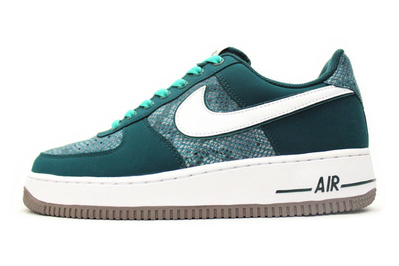 9d4dc0e3481e00 NIKE AIR FORCE 1 Green Snake 488298-306 Nike air force one snake blue