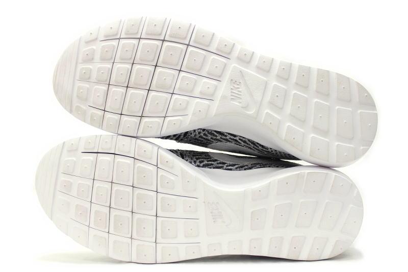 Nike Flyknit Roshe Zapatos De Recorrido - Mercado Negro Y Blanco TC2D6NVpc