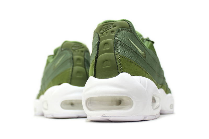quality design fbbfa e8703 ... NIKE AIR MAX 95   STUSSY OLIVE 834668-337-Nike Air Max 95 Stussy ...