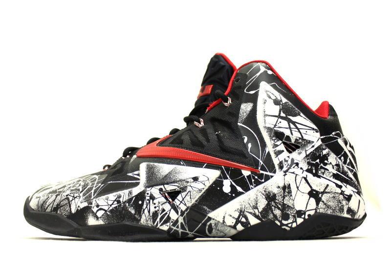 80d3c081fb1e auc-soleaddict  NIKE LEBRON XI GRAFFITI 616175-100 Nike LeBron 11 ...