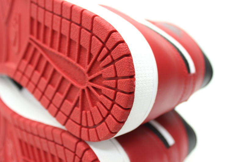 NIKE AIR JORDAN 1 RETRO HIGH OG BLACK TOE 555,088 184 Nike Air Jordan 1 nostalgic high つま black