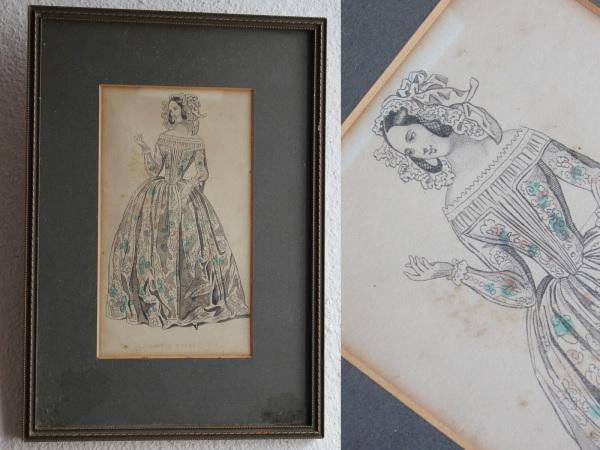 1830年代頃のファッション素敵なドレスにブルーのアクセント 限定Special Price 額に入った素敵な1枚 アンティーク イギリスから届いたファッションドレス画 大決算セール DRESS DINNER