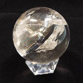 クリスタル(水晶) 丸玉 台座付き 直径 約62mm