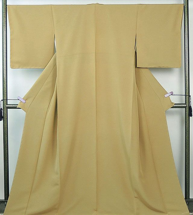 色無地 新品仕立済 正絹 黄土色地 色無地 新品 仕立て上がり 着物