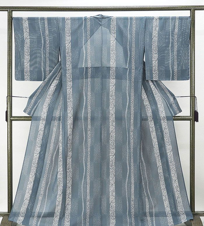 夏物 小紋 新品仕立済 正絹 夏物 縦縞霰桜模様 五泉駒絽小紋小紋 新品 仕立て上がり 着物
