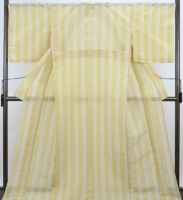 夏物 紬 新品仕立済 正絹 夏物 蕪重織物謹製 夏織物夏陰 縦縞ぼかし 紗紬 新品 仕立て上がり 着物