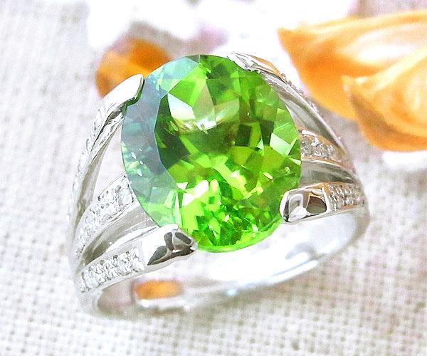 ファッションリング K18(18金)WG ホワイトゴールド ペリドット(8月誕生石) ダイヤモンド 指輪 r232 レディース パワーストーン ジュエリー 天然石 宝石 ダイアモンド 1点もの お返し