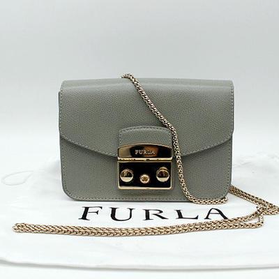【FURLA】フルラチェーンポシェットバッグ レザー/グレー系【中古】
