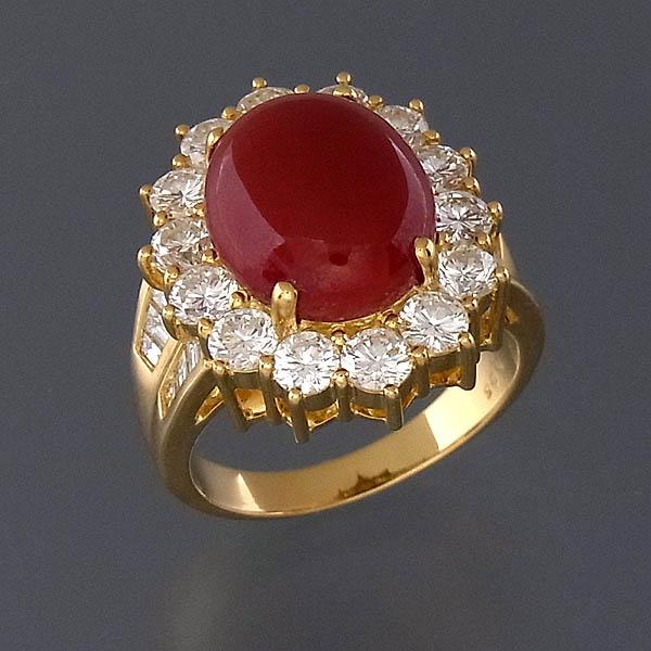 K18 血赤サンゴ(珊瑚)指輪ダイヤ取巻 オーバル リング D 3.25ct/12.8g/18号/ソーティング付【中古】