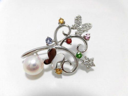 K18WGアコヤ真珠ダイヤブローチ/真珠8.5mm/ダイヤ 0.11ct/大きさ3.5cm/BR-374/ブローチ/ジュエリー/女性用/レディース/プレゼント/ギフト/お買い得/オススメ/送料込み/宝石