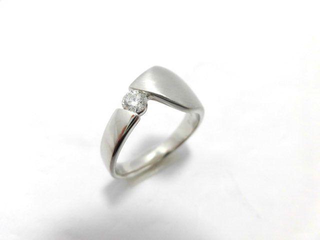 Pt900ダイヤモンド/D0.18ct/G1792/リング/指輪/ジュエリー/女性用/レディース/プレゼント/ギフト/お買い得/オススメ/送料込み