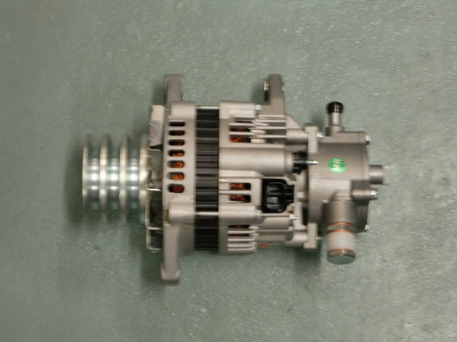 日立オルタネーター LR250-517 MR