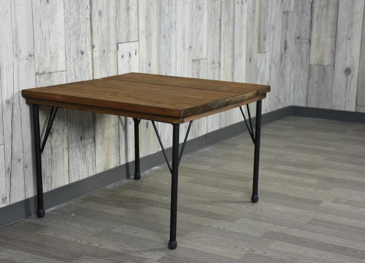 【送料無料】ヴィンテージ風テーブル ローテーブル 古材風 テーブル 天板 アイアン脚 アンティーク風テーブル サイドテーブル 正方形 カフェテーブル 54cm