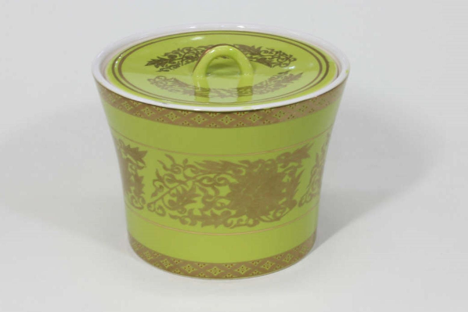 【茶道具/水指】 萌黄金襴手水指 瑞豊 木箱入り