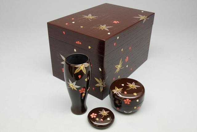 【茶道具/茶箱】 茶箱セット 春秋蒔絵 溜