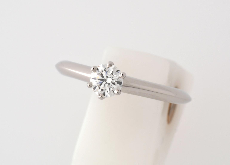 TIFFANY & Co. ティファニー Pt950 ダイヤモンド 立爪リング 0.30ct VVS2 Fカラー # 8 【中古】