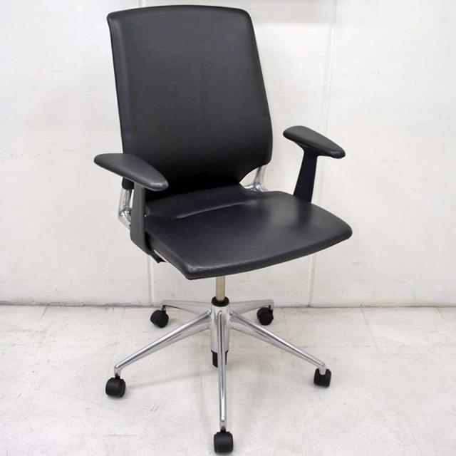 【新着】ヴィトラ vitra. MEDA Chair(メダチェア) ブラック 総革張り 2015032501【中古オフィス家具】【中古】
