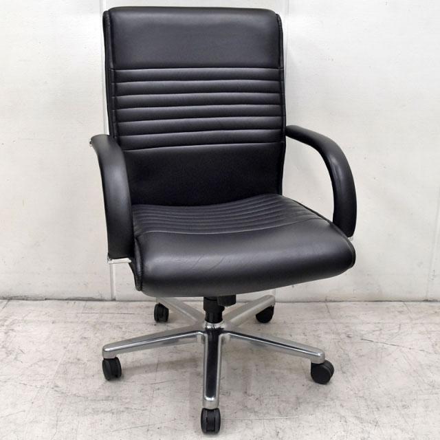 オカムラ CEシリーズエグゼクティブチェア 革張り ブラック 2016070406【中古オフィス家具】【中古】