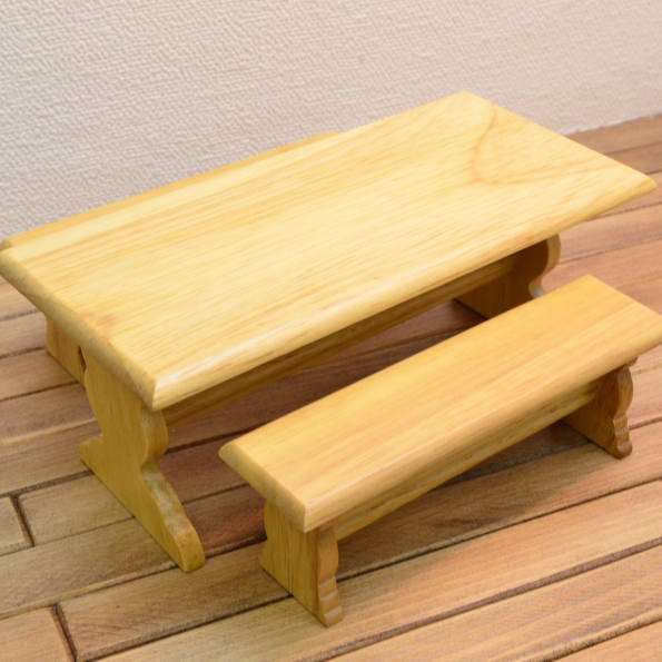 Dollhouse Miniature Kitchen Table with Bench Seating in Oak ~ CLA10567