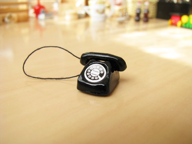 Miniature miscellaneous goods black telephone [21009/B-03][m-s]
