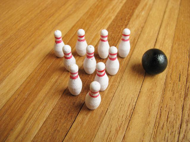 Miniature gadgets bowling set