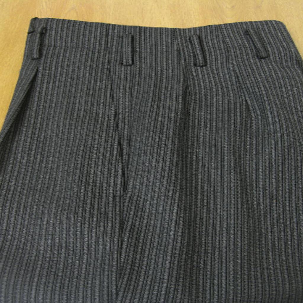 モーニング用の縞コールパンツ チャコールグレー GH150 74cm 76cm