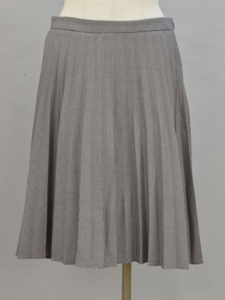 5a5506ab0 Banana republic BANANA REPUBLIC hound's tooth pattern accordion pleats skirt  4 size black X white Lady's ...