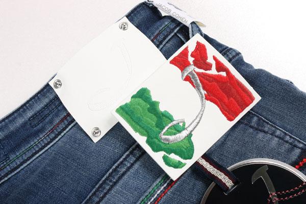 33JACOB COHEN ヤコブコーエン ハーフパンツ J6613 メンズ 春夏 ウォッシュド ブルー 青 並行輸入品 メンズファッション 男性用 ビジネス ズボン 日本未入荷 ラッピング無料 送料無料QrsCthd