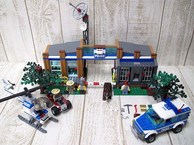 レゴ LEGO CITY シティ 4440 フォレストポリスステーション ■170325OK09s 【中古】【ベクトル 古着】 170403 ベクトルプラス市場店