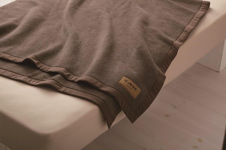 【送料無料】ニッケ厳選 高級カシミヤ毛布シングルサイズ【日本製】カシミヤ毛布100%なめらかな風合いと光沢の美しさ保温性のよさがカシミヤ毛布の特徴ですCashimere Blanket (AT41041)