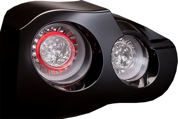 VALENTI LEDテール スモーク [GT-R R35] ヴァレンティ LEDテールライト ライトスモーク/クローム 代引き手数料無料 送料無料(沖縄・離島除く)