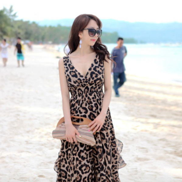 7a061c024979 Yang gen  Large Maxi resort one piece summer Leopard pattern Leopard ...