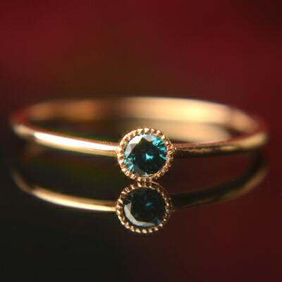 ブルーダイヤモンドリング『un -アン-』【ブルーダイヤモンド】【リング】【ピンキーリング】