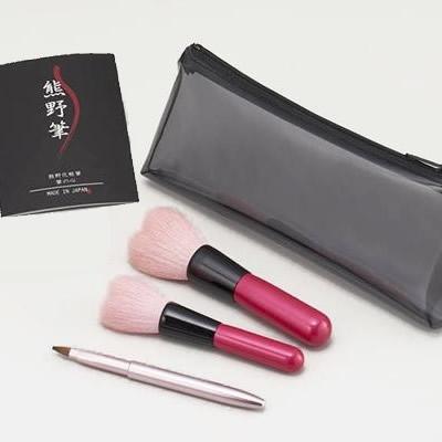 【代引き・同梱不可】熊野化粧筆 筆の心 ハートセット KFi-P12HT【メイクアップ小物・鏡・コスメBOX】