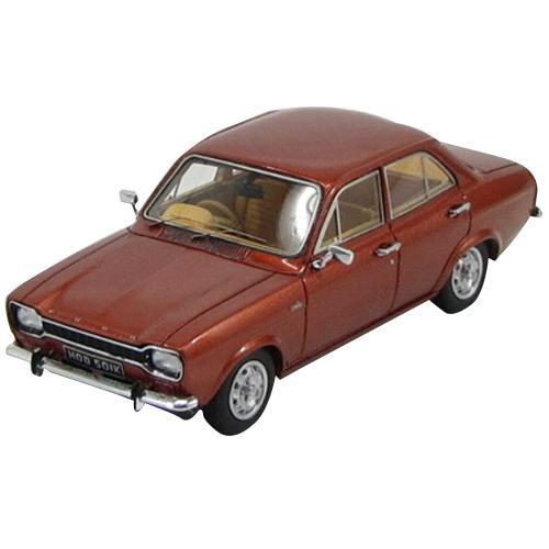 KESS/ケス フォード エスコート MKI 1100XL 4ドア 1973 メタリックブロンズ 1/43スケール KE43015011【玩具】