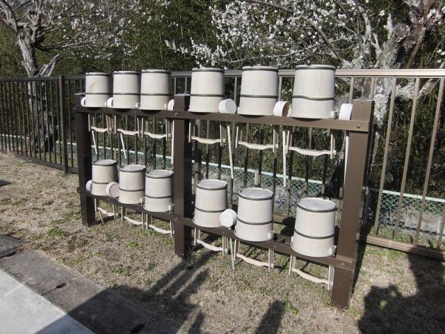 寺院・霊園用 アルミ製手桶棚(名入り手桶12個付き)