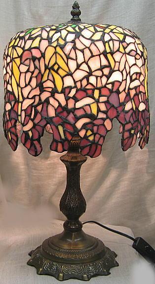 ティファニー風 ステンドランプ 藤の花柄 (シェード直径 25cm 全体の高さ 46cm) ステンドグラス ランプ