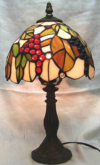 ステンドランプ ぶどう柄 (シェード直径20cm 高さ37cm) ステンドグラス ランプ