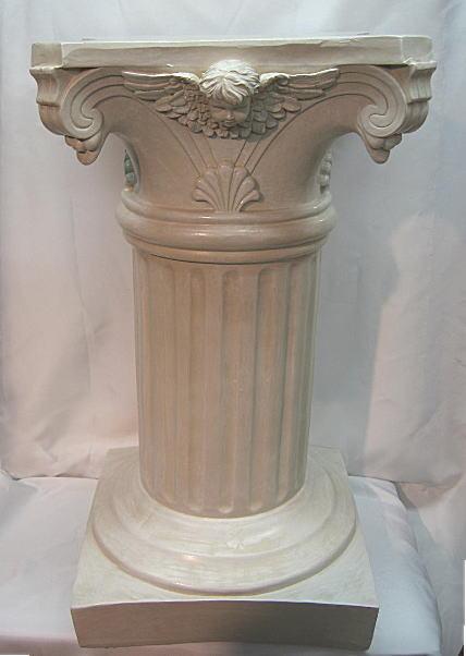 コラム 花台 生米色アンティーク塗装 樹脂製 高さ:59.8cm 上面(32cmx32cm) 下台(31.5cmx31.5cm) 柱直径18cm 重量:9.3kg